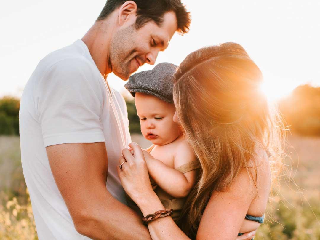 Políticas públicas para mejorar el bienestar de las familias
